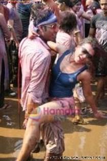 Randbaj ladki on Holi fastival nude xxx सेक्सी माल लड़की होली पर रांड बाजी करते हुए फोटो (7)