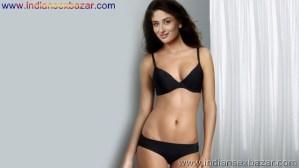 बॉलीवुड एक्ट्रेस इन बिकिनी Bollywood Actresses In Bikini HD Photos Indian Actress Hot Bikini Photo Collection Bikini Pic Download Girl In Bikini Photo (44)