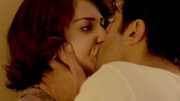 Anushka Sharma Hot Lip Lock Kissing Scene Indian Porn Video