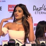 Indian Bollywood Sexy Actress Nidhi Agarwal Showing Big Boobs At Filmfare Glamour And Style Awards 2017 XXX Nude Porn Pic Download (10)