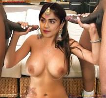 इंडियन दुल्हन नंगी होकर गांड और चूत की चुदाई करवाते हुए फुल अचडी पोर्न पिक्चर गैलरी (3)