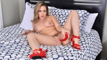 Hd Porn Foxy Milf Carmen Valentina Enjoying Huge Dildo In Her Pussy