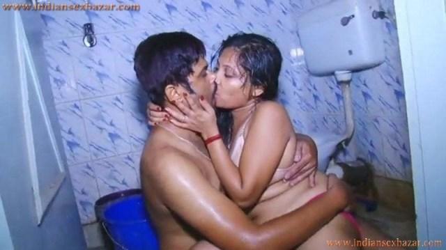 सुसराल के बाथरूम में साले की बीवी की चूत चुदाई करी Hindi Sex Story 0