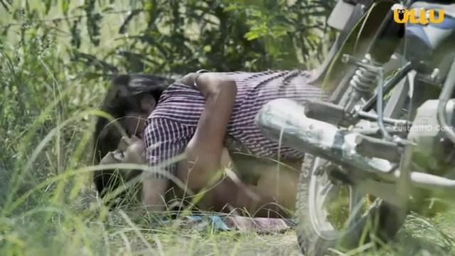 जंगल में लड़की की चुदाई का शानदार इंडियन बी ग्रेड पोर्न विडियो हिन्दी में और नंगी पोर्न फोटो 1