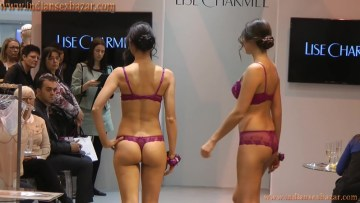 Beautiful Girls Without Dress Sexy Bra Panty And Lingerie 18 Adult Fashion Show Video And Naked Photos 11
