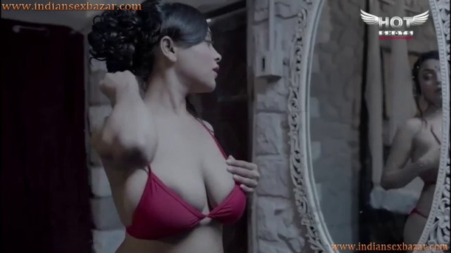 Beautiful Indian Bhabhi Wearing Bra And Panty Indian B Grade XXX Porn And Nude Pictures 8