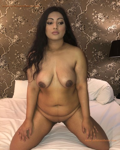 Indian Milf Nisha Caught Naked In Hotel Room XXX Porn Pictures Indian Married Girls Nude In Hotel XXX Porno 12