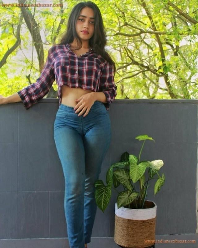 शर्मा जी की बेटी को चोदने की अधूरी ख्वाहिश पूरी हो गई XXX Story (1)