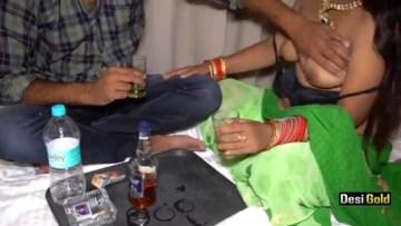 होटल के रूम में देसी रंडी के साथ न्यू ईयर पार्टी दारू पिलाकर चोदा Indian Porn Video And XXX Pictures 3