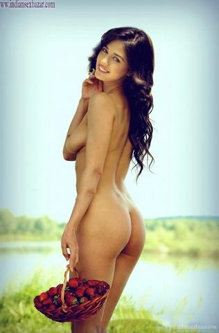 Indian Bollywood Film Actress Disha Patani Nude Fucking Porn Pic XXX Sex Photos FREE Download (5)