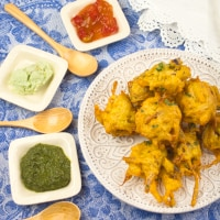 Pakoras (Onion & Potato Fritters)