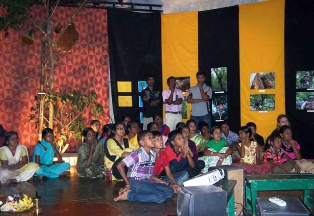 gudalur_honey_festival11_children_web