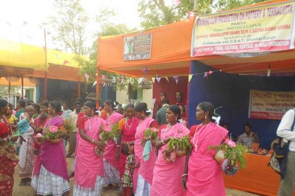 ashadullapur_stall_handicraft_foundation_support_web