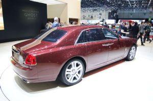 2015-Rolls-Royce-Ghost-Series-II-rear-three-quarters
