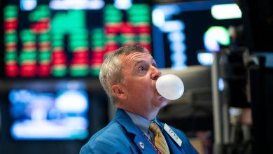 Photo of NYSE, Sotheby's, Auction Properties Dive Into NFTs Inspite of Bubble Warning