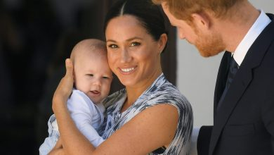 Photo of Meghan Markle & Prince Harry's Son Archie Enjoys Her Book 'The Bench'