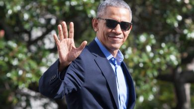 Photo of Barack Obama Is Hosting Tiny Birthday Get together at Martha's Winery Household