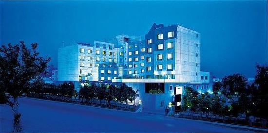 hotels in lucknow