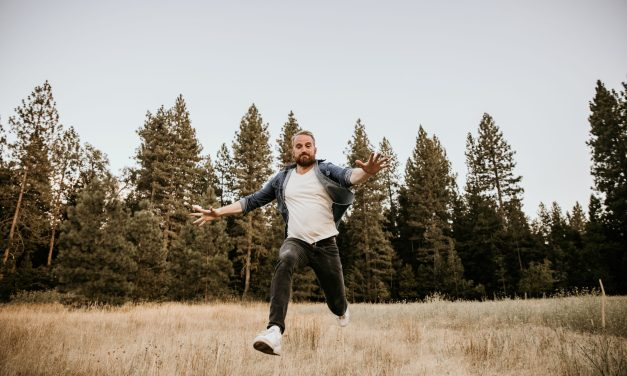 """California native Roger Jaeger shares his global musical vision in new single """"It's My Time (Live)"""""""