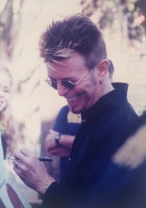 David Bowie by Kelley Curtis outside Chili Pepper2 10-7-97