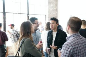 Tips networking atau mencari relasi baru (Photo by Product School on Unsplash)