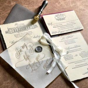 Lucky Invitations Logo