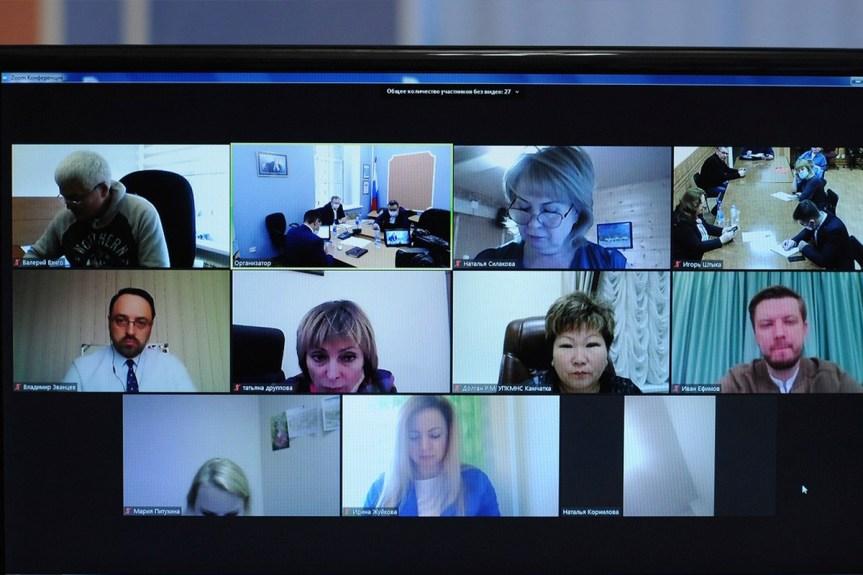 В Норильске обсудили взаимоотношения КМНС с промышленными компаниями