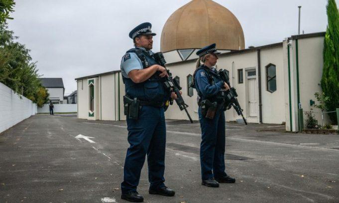 Waarom Nieuw-Zeeland het manifest van de shooter niet mag verbieden