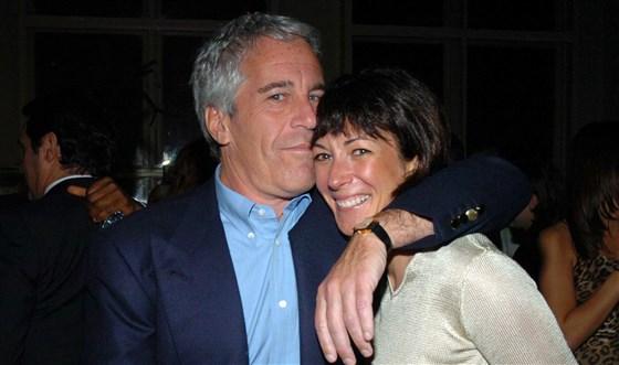 Ghislaine Maxwell weet meer over Jeffrey Epstein dan wie dan ook. Ze was net gearresteerd in New Hampshire