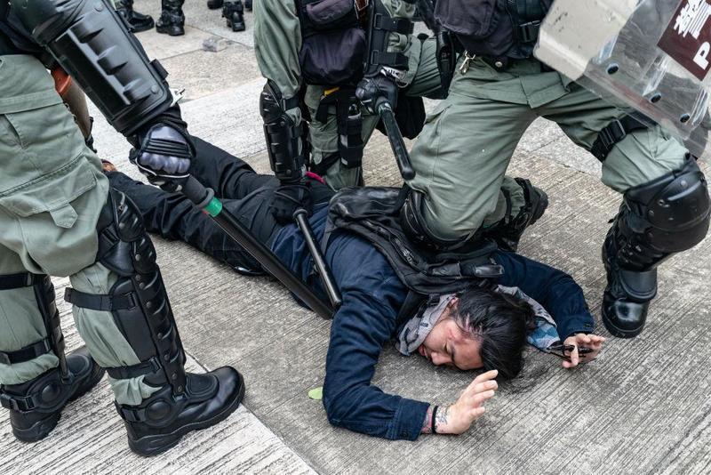 Wat gaat China doen met de protesten in Hong Kong?