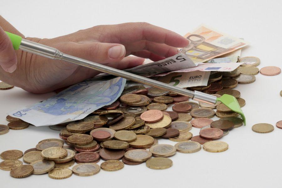 Roofkapitalisme: Belgische banken bestelen arme klanten