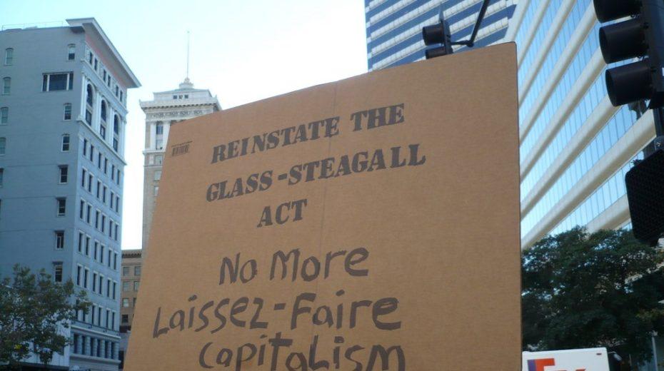 Voorkomen van een ineenstorting betekent het herstellen van Glass-Steagall