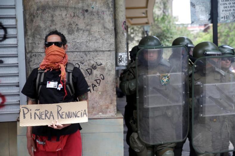 Chili brandt: 'We hebben toch niets te verliezen. Het leven is onbetaalbaar geworden'