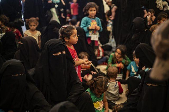 Kinderhulporganisatie: regeringen moeten onmiddellijk 9.000 IS-kinderen uit Syrië halen