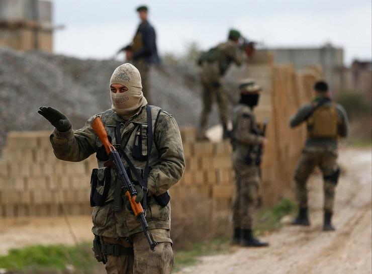 Trump verraadt de Koerden en sluit zich aan bij zijn voorgangers, maar waarom?
