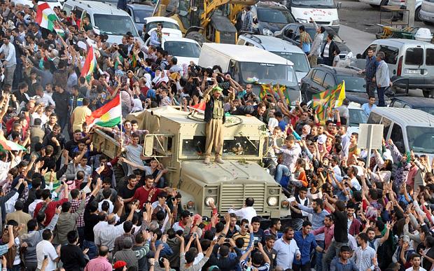 """Koerden verraden is de Amerikaanse manier: """"Syrische Koerden moeten nu doen wat ze hadden moeten doen"""""""