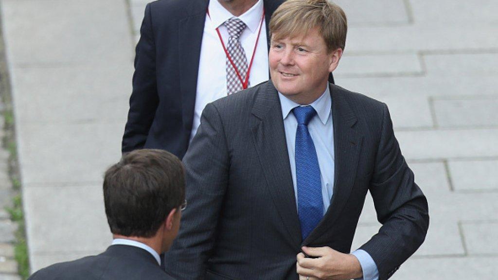 Ook over het koningshuis en de kosten van VN reisjes Maxima wordt door Rutte flink gelogen