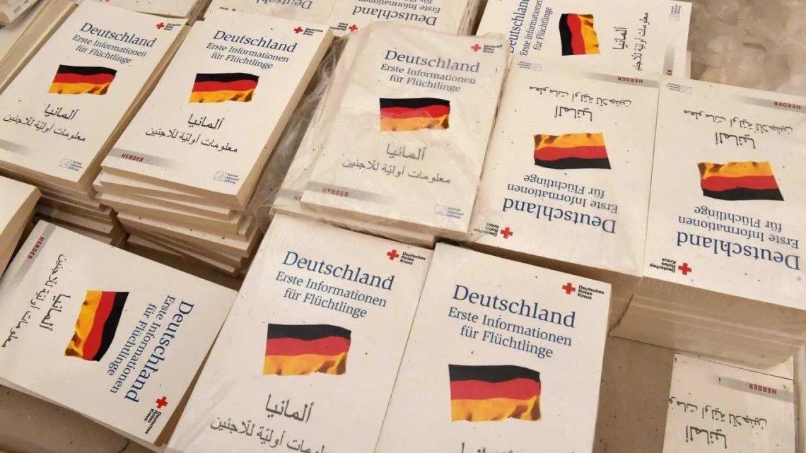 Steeds minder sociale woningen: het Merkel-regime trekt de overheidssubsidies in, maar bouwt luxe huizen voor illegalen