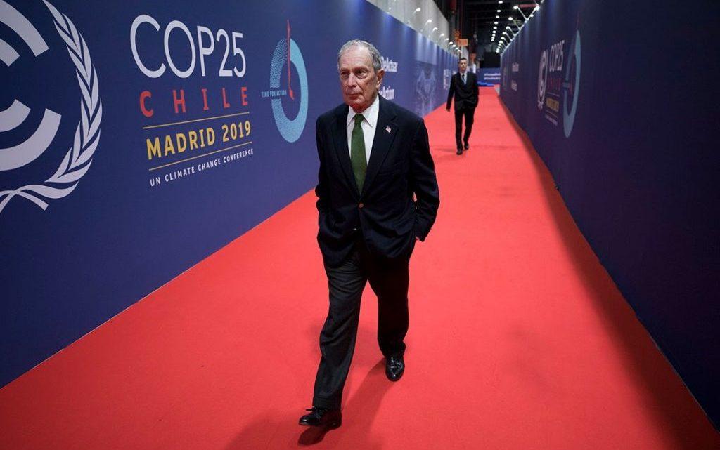 Hoe Michael Bloomberg's 'journalisten' propageren voor meer Amerikaanse agressie