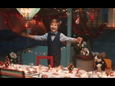 De 'Jumbo' had een schitterende 'Kerstreclame' die eigenlijk een parodie is op de Nederlandse samenleving.