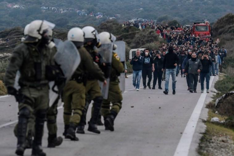 """Griekse migrantencrisis: """"Een kruitvat klaar om te exploderen"""""""