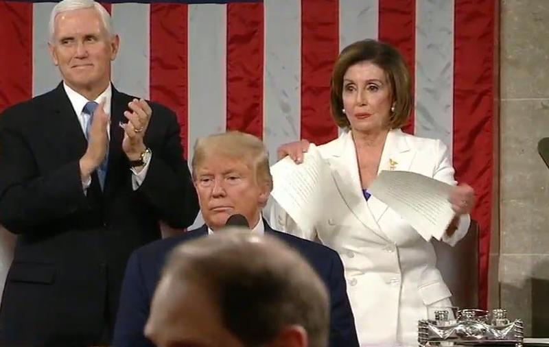 Toen Pelosi de toespraak van Trump in tweeën scheurde, was het een voorbode van wat er met Amerika gaat gebeuren tijdens deze verkiezingen?