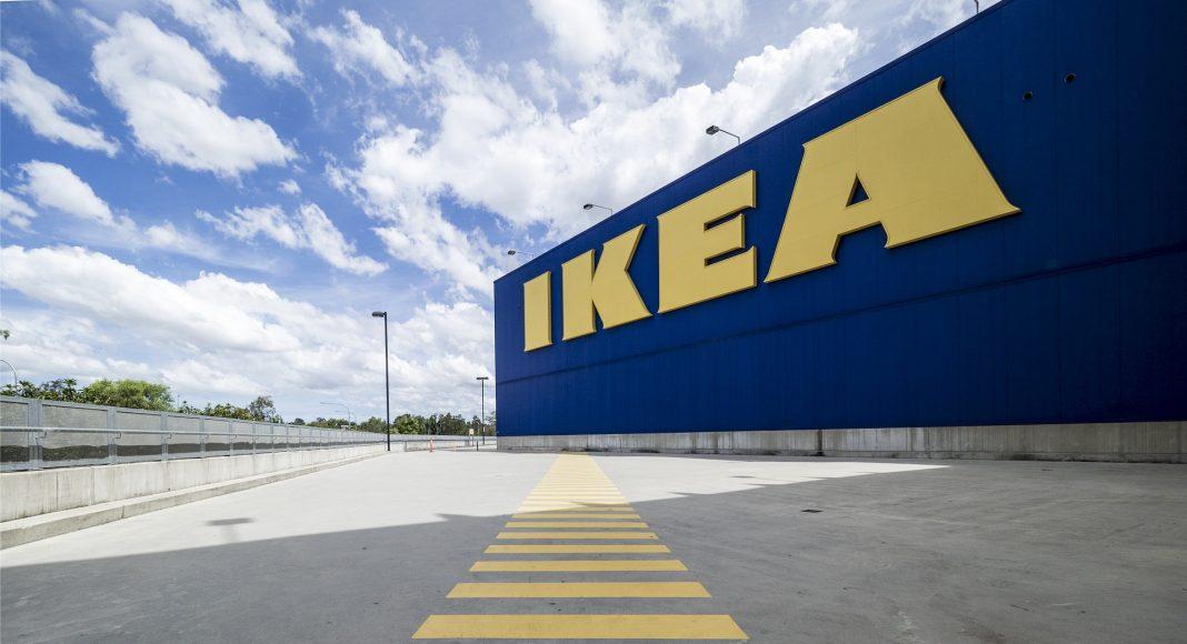 #IkeaMuslim #IkeaZwitserland #IkeaRacism Ikea-klant klaagt over caissière met hijab, Ikea disst klant: 'We zullen u niet missen'