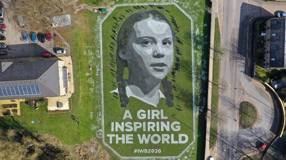 Vrouwendag: basisschool onthult enorm Greta-portret