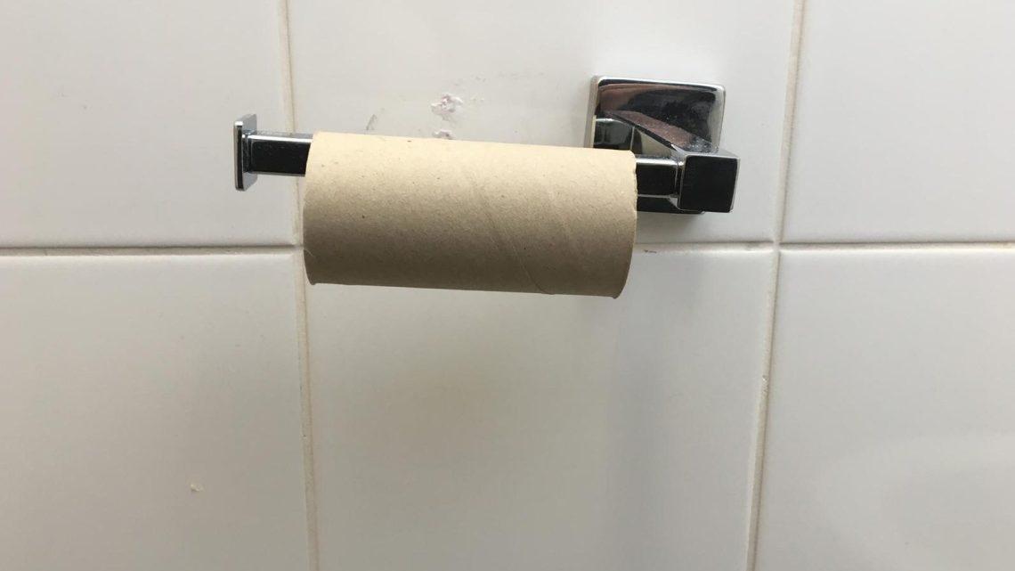 VS 'Bel 9-1-1 niet alleen omdat u geen toiletpapier meer had'