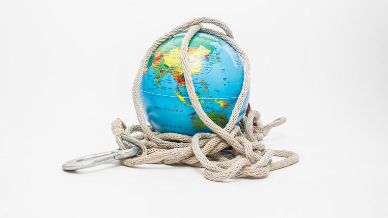 Corona of: The World Risk Society