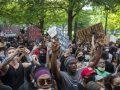 Demonstranten verschenen in Coeur d'Alene, Idaho, maar de lokale bevolking zorgde ervoor dat er geen rellen zouden zijn …