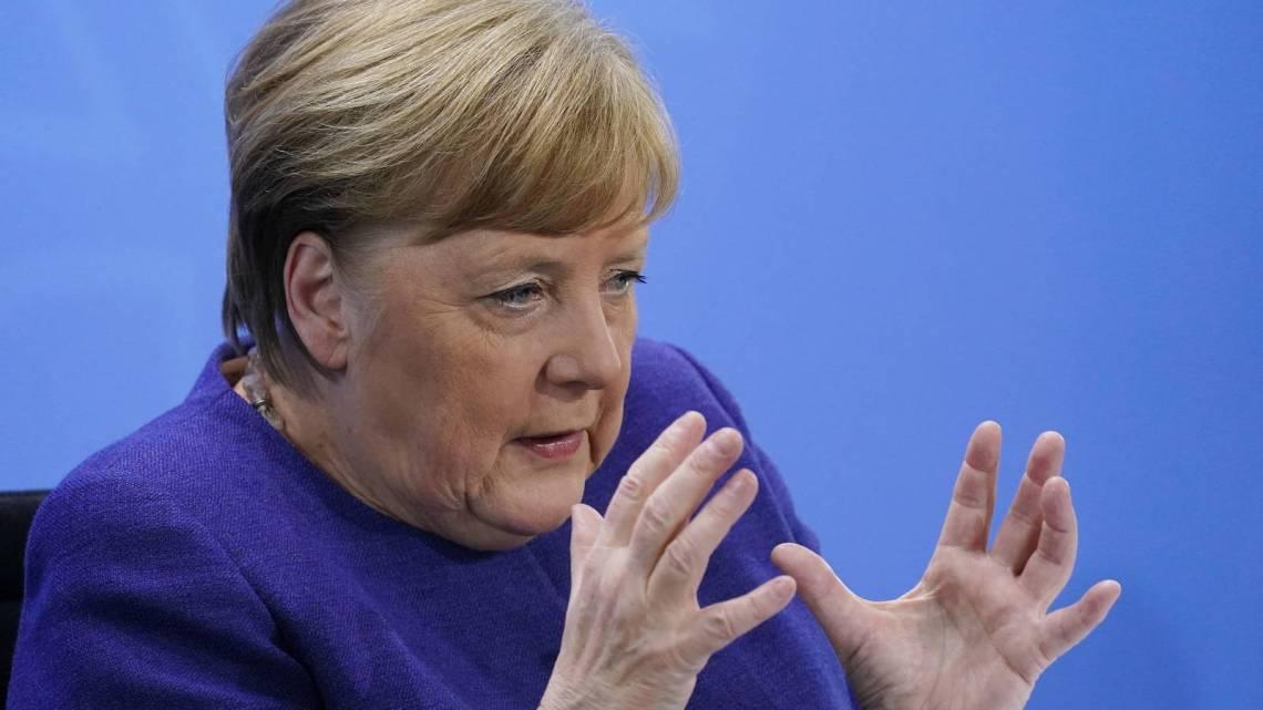 Onze vrijheid is in gevaar: Duitse veiligheidsexperts waarschuwen voor Merkels totalitaire dictatuur