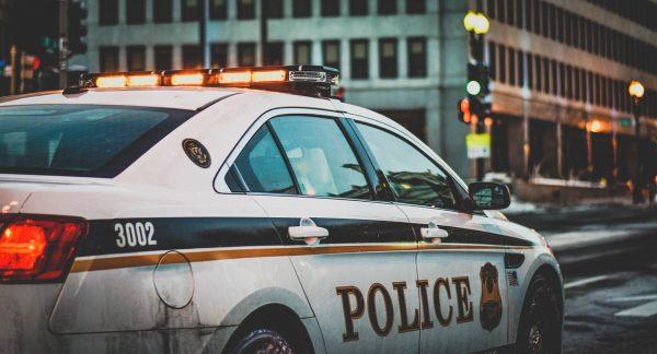 Politieagenten in heel Amerika stoppen met hun baan vanwege de protesten van George Floyd