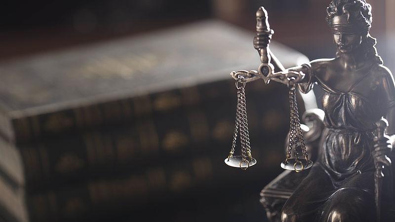 Coronawet druist in tegen grondrechten van burgers Ondoordacht en onverantwoordelijk